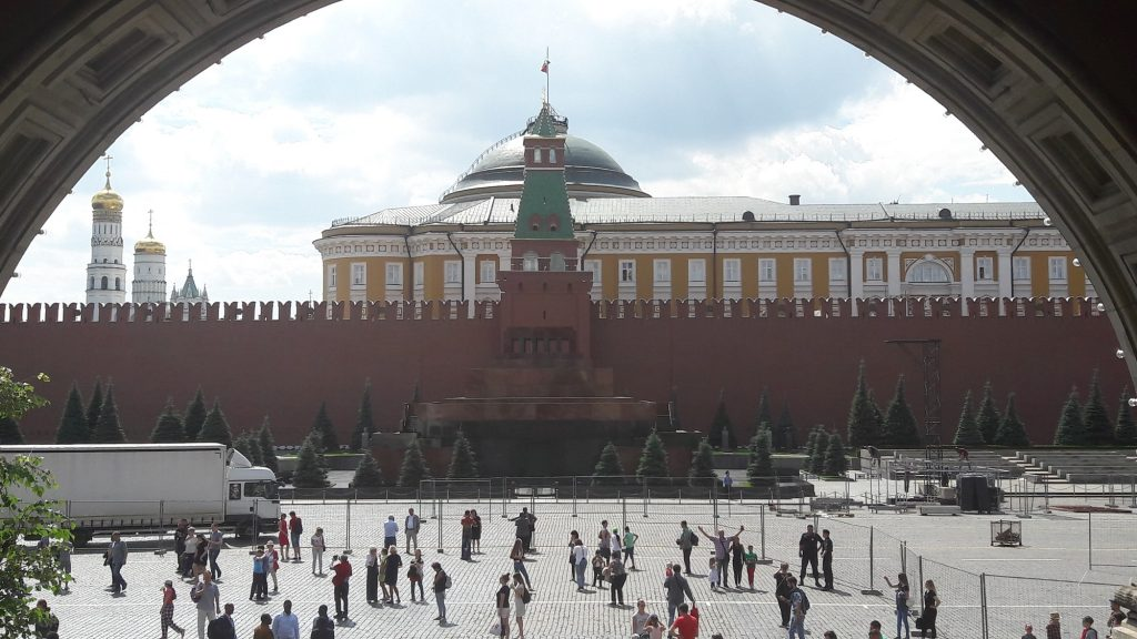 Mausoléu de Lênin fica na Praça Vernelha ao lado do Kremlin (Foto: Fábio Aleixo)